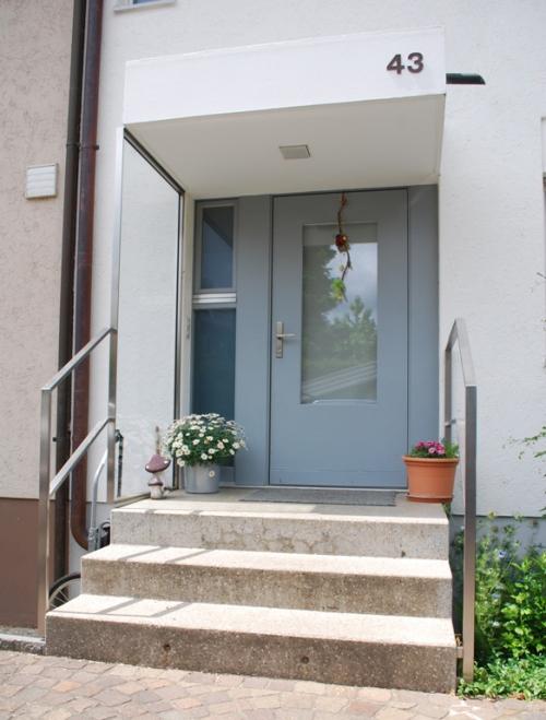 windfang hauseingang glas cool windfang windschutz terrasse plexiglas aus klar pinterest fester. Black Bedroom Furniture Sets. Home Design Ideas